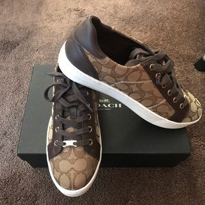 ✨COACH SNEAKERS (Brand new never worn) ✨
